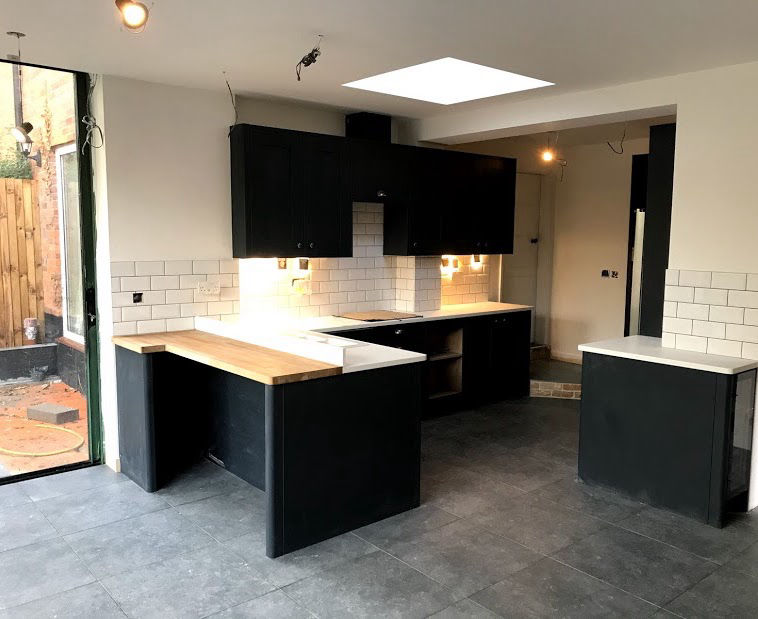 Building a kitchen in a home extension